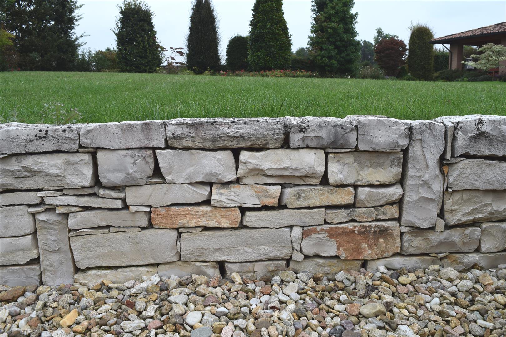 Muretti - Muretti in pietra giardino ...
